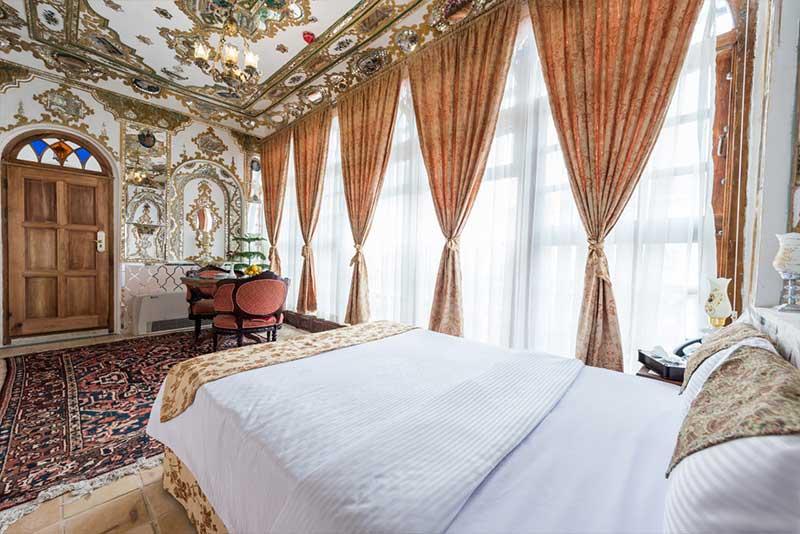اتاق-اینه-هتل-قصرمنشی5